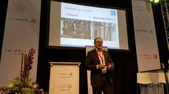Harm Valk tijdens zijn lezing op de vakbeurs Energie 2016 (foto Hans Koole)