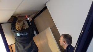 Inspectie leidingen boven het plafond door Synneva