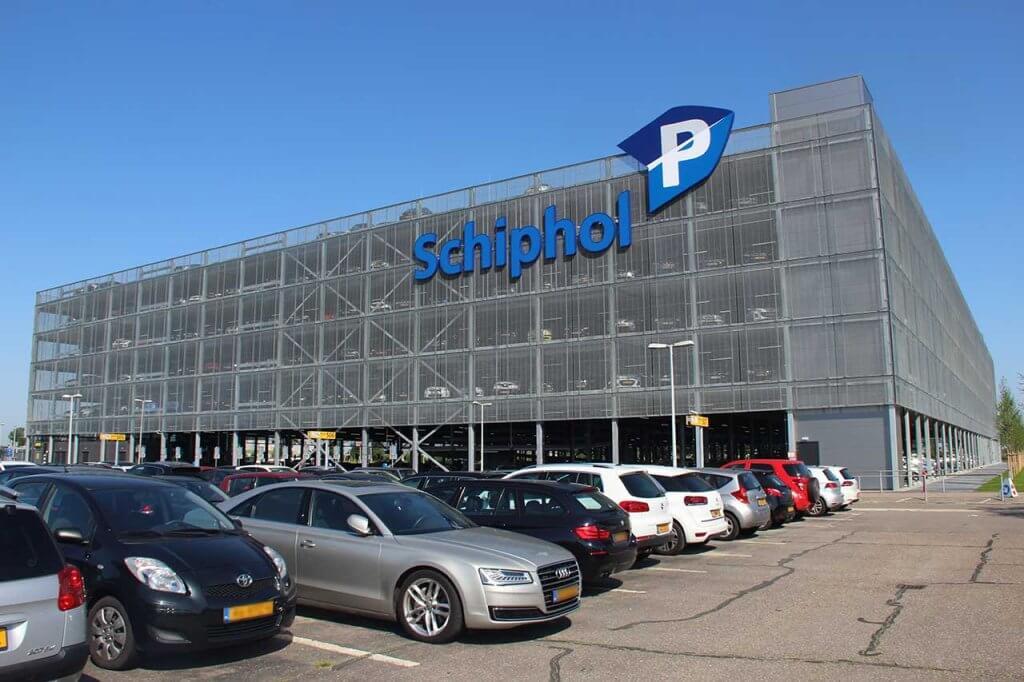 schiphol-smart-parking-parkeergarage-p3