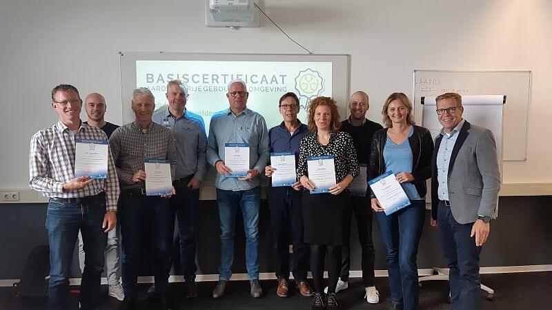 Uitreiking certificaat derde leergang basiscertificaat aardgasvrije gebouwde omgeving