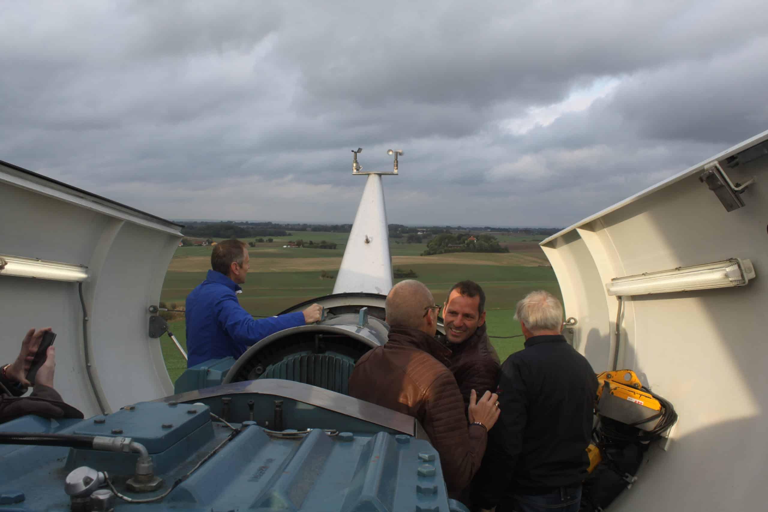 Samsø enthousiaste TVVL-ers in lokale windmolen