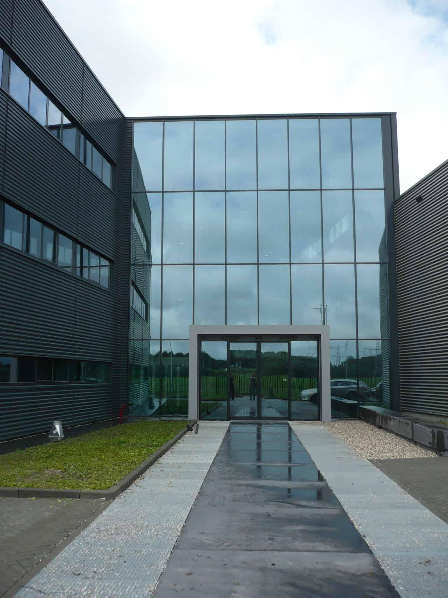 Vlint-kantoor-Lelystad-glasgevel-2