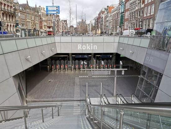 Entree metrostation Rokin Amsterdam